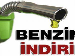 Benzinin litre fiyatı 10-11 kuruş indirildi