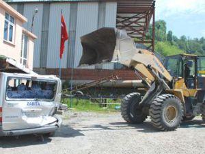 Talas'ta İş Makinasıyla Kamyon Arasında Sıkışan İşçi Öldü