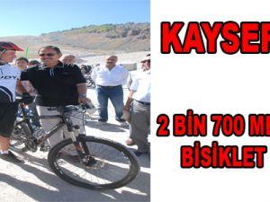 2 BİN 700 METREDE BİSİKLET KEYFİ