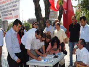 KAYSERİ EĞİTİM-BİR-SEN'DEN İMZA KAMPANYASINA DESTEK