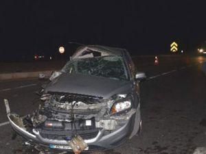 Kayseri'de piknikten dönen aile trafik kazası geçirdi