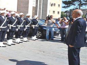Vali Bilici Kayseri'den Ayrıldı