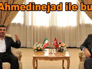 Gül, Ahmedinejad ile buluştu