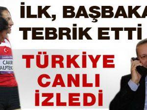 Başbakan Erdoğan'dan altın kızlara kutlama / Video