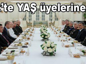 Cumhurbaşkanı Gül'den YAŞ üyelerine iftar