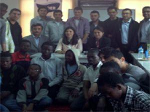 AK Parti Kayseri Milletvekili Bakır Kayseri Uluslararası Yabancı Öğrenci Derneği'ni ( KUDER )  ziyaret etti
