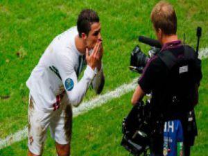 Ronaldo attı Portekizli spiker çıldırdı! Video
