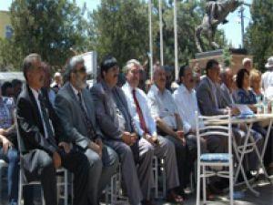 FELAHİYE'DE 'ADLİYEME DOKUNMA' İMZA KAMPANYASI DÜZENLENDİ