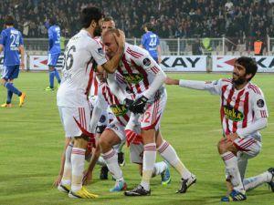 Sivasspor Kayseri Erciyesspor'u 2-0 mağlup etti