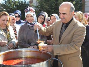 Talas'ta dev kazanlarla arabaşı çorbası