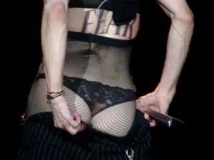 Madonna Roma'da Poposunu Açtı / Video