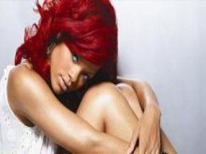 Eski aşkı Rihanna'yı yine hastanelik etti