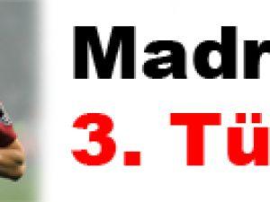 Madrid'e 3. Türk