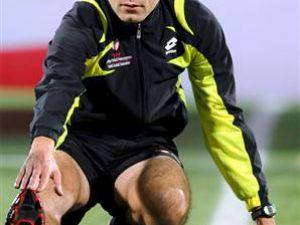 Cüneyt Çakır Euro 2012'ye hazır!