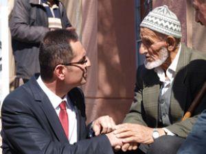 Kandemir'e,Talas İlçe Halkı sevgi gösterisinde bulundu
