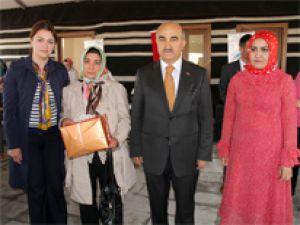 ŞEHİT ANNESİNE 'YILIN ANNESİ' ÖDÜLÜ