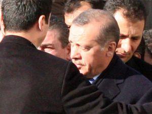 Cuma namazı çıkışı başbakan'a sloganlar atıldı