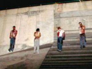 Meksika'da köprüde asılı olarak 9 ceset bulundu