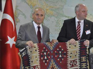 ALMAN BAKAN KAYSERİ'DE