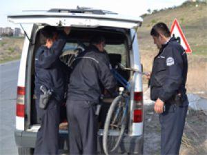 Bisiklet Kazasında Sürücü Zoru Başardı