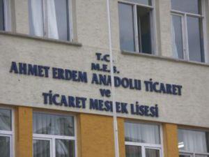 Ahmet Erdem Ticaret Meslek Lisesi Yine Zirvede