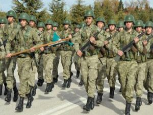 Milli Savunma Bakanı Yılmaz'dan Askerlik Açıklaması