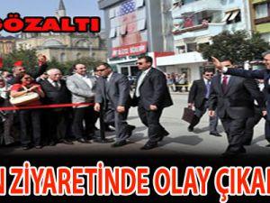 Gül'ün ziyaretinde olay çıkardılar : 50 gözaltı