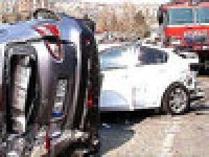 SON DAKİKA Kadıköy'de 11 Araç Birbirine Girdi Video