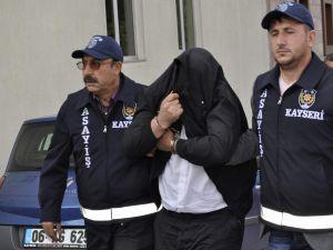 Kayseri'de Mısır Tarlasında Öldürülmüş Bulunan Kadının Katil Zanlısı Yakalandı
