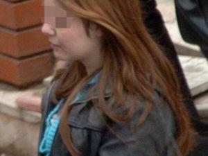 Genç Kızı Kaçırdılar Parkta Taciz Ettiler