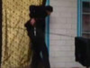 Uygur gençten Polat Alemdar taklidi- Video