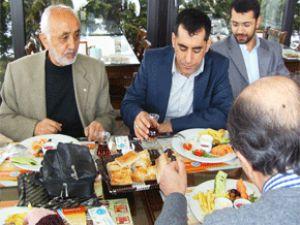 Gazeteci yazar Nevzat ÇİÇEK MAZLUMDER in düzenlediği toplantıya misafir oldu.