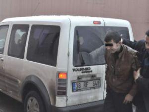 Kayseri'de Cinayetin Zanlıları Polisten Saklanamadı