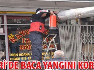 KAYSERİ'DE BACA YANGINI KORKUTTU