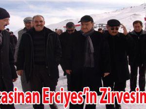 Kocasinan Erciyes'in Zirvesinde