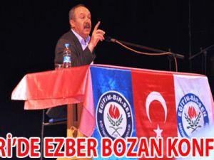 Kayseri'de Ezber Bozan Konferans