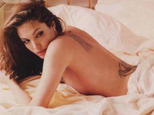 Angelina Jolie'ye şok şok tehdit!