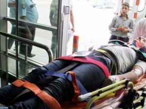 Kayseri'de Karşı Yola Geçmek İsteyen  Genç Kız'a Otomobil Çarptı