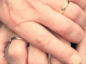 Evlilikte Yaş Farkının Olumsuz Yönleri