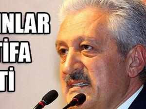 Mehmet Ali Aydınlar istifa etti
