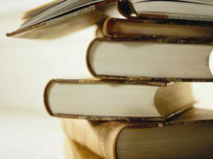 KAYSERİ'DE ÖĞRETMENİM DİYE KANDIRIP 2 BİN 400 TL'YE KİTAP SATIYORLAR
