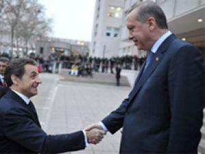Sarkozy'den Erdoğan'a mektup