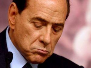 Çapkın Berlusconi'nin Cezası Belli Oldu! Tuvalet Temizleyecek