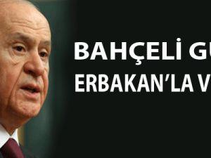 Bahçeli, Abdullah Gül'ü Erbakan'la Vurdu