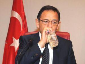 Özhaseki; CHP'den Alacağımız Tazminatlarla Sucuk Ziyafeti Çekeceğiz