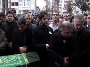 Bülbül'ün cenazesinde Nihat Doğan şov