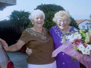 Kızıyla 77 yıl sonra kucaklaşabildi