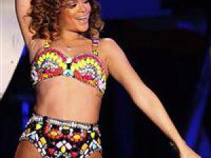 Rihanna'ya ırkçı saldırı