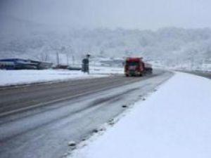 Bolu dağına kar yağdı