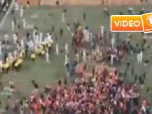 Maç sonundaki sevinç izdihama dönüştü - Video